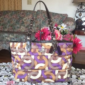 Coach madison chainlink signature East/West Tote